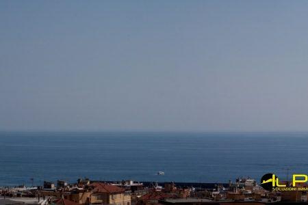 SANREMO appartamento a pochi passi dal centro con piena vista mare